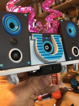 DJ-PON3 Bluetooth speaker Amp Mount by DustyPony
