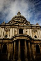 St. Paul's Cathedral by UntamedUnwanted