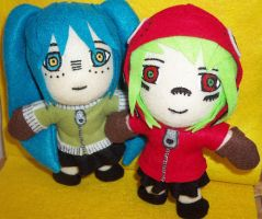 Miku and Gumi - Matryoshka by TashaAkaTachi