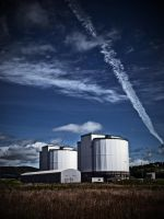 Hunterston Nuclear Plant by martinemes