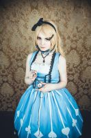 Alice cosplay by Rubrum-Cervi
