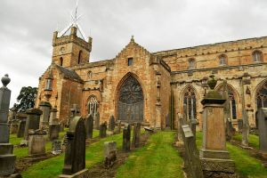 St Michaels, Linlithgow 2 by wildplaces