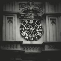 Time is luxury by lostknightkg