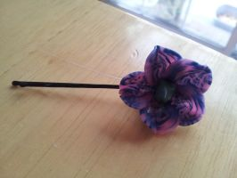 Flower hairpin (realism tries to continue) by dobharachu