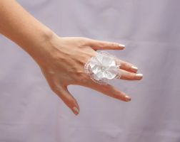 White lace ring by theaquallama