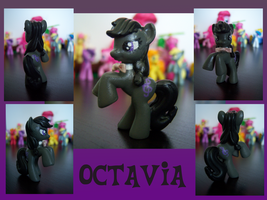 Custom Blind Bag - Octavia by ScarleyKwinn