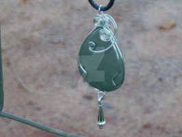 Wire Wrap Agate by Akai-Ink