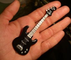 E-Bass Miniature - Commission for Valisma by Ganjamira