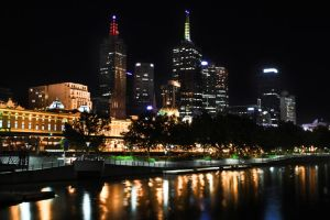 melbourne skyline by andthecowsgobaa