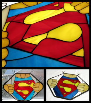 Superman stained glass mosaic by VitriGeek
