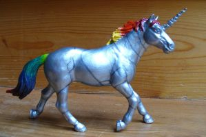 Robot Unicorn figure by Wolf--Shadow