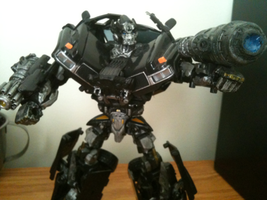 Cell Phone Ironhide repaint by CHarrisPhotography