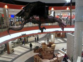 The Dragon in the shopping center 2 by Su58