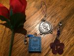 Alices Lucky Nico Robin necklace and rose by powerkidzforever