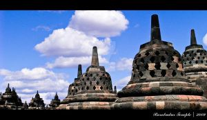 Borobudur Temple I by viegreeny