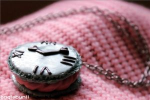 Alice In Wonderland Macaron Tutorial LINK by AyameMatsu
