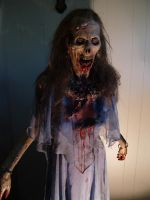 Lisa the Zombie display by RavenousEFX