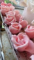 roses for wedding cake by HanaYean