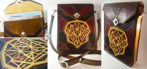 Cubistic Face in Pieces messenger bag by barlogg
