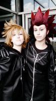 Axel and Roxas friendship by YoukaiYuurei