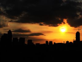 Perfect sunset in the city by alekzis