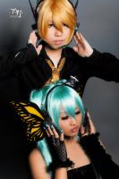 In Touch - Magnet Len x Miku by Amano7