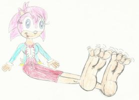 Sonia's Large Foot Tease by LouisEugenioJR