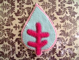 pink and green felt leaf by rosieok