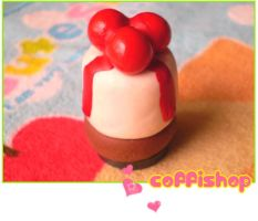 Pannacotta magnet by coffishop