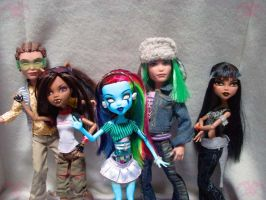 MH: MMSer Dolls by KPenDragon