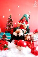 Hatsune Miku - Santa Claus by LollipopBunnie