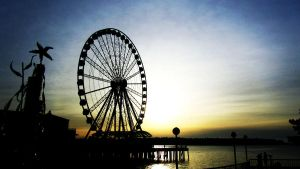 .Wheel at Sunset. by decayedroses
