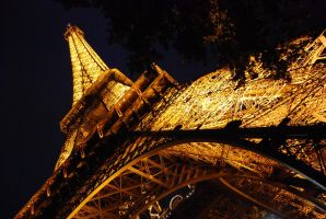 tour eiffel    .... by psycko91