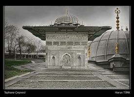 Tophane Fountain by pixelgraph