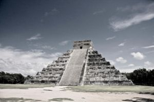 Chichen Itza by pijioto