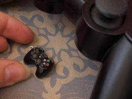 PS3 Controller Charm 1 by DeliciousTrickery