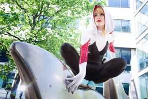 Spider Gwen cosplay by ReaverSkill