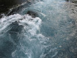 Metolius River by findmeaname