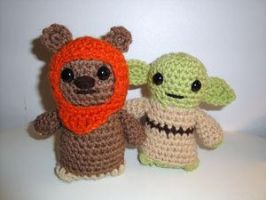 Ewok and Yoda by Simnut