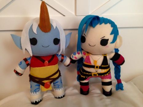 Jinx and Soraka Chibi Plush by orangecorgi