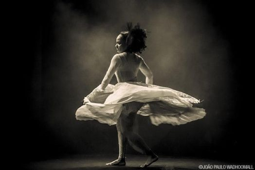 Dancer (almost) in the dark by eXcer