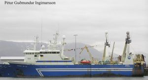Icelandic trawler Therney (RE 101) 1993- by roodbaard1958