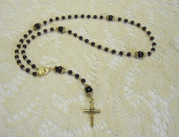 Red Rosary by merelei