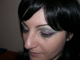 Make up by ale-sensee