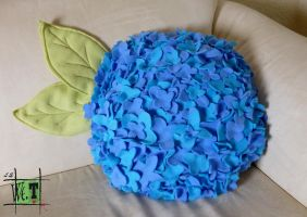 Flower Pillow by Worren