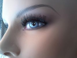 Mannequin eyes by Ecathe