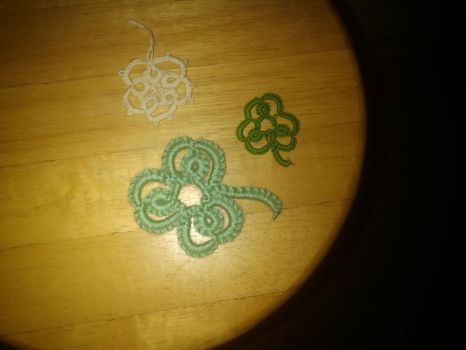 Tatting practice by Moon-Crafter