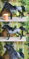 needle felted horse 'Shadif' by Finya-Vardeen