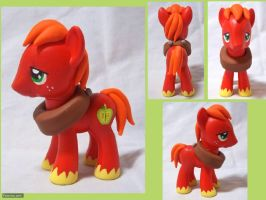 Big Macintosh Custom by CadmiumCrab