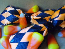 Halloween / Orange and Black Checkered Hair Bow by XiaAmane